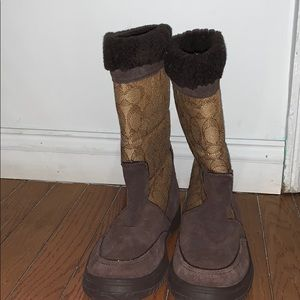 Winter boots not for snow or rain